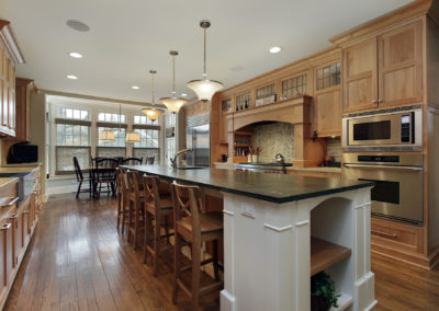 breakfast-bar-granite-countertops