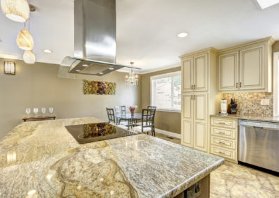 granite-countertop-tile-backsplash
