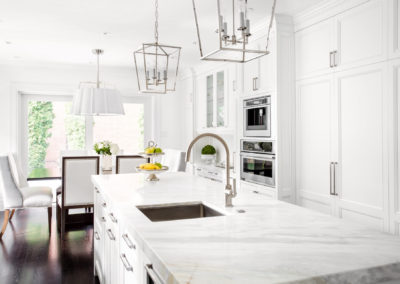 Bright Classic White kitchen
