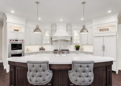 white-quartz-kitchen-countertops